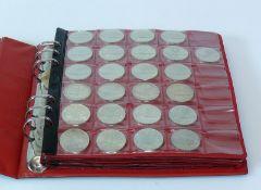 Reserve: 300 EUR        Münzmappe 25x 10 Mark, 130x 5 Mark, 57x 2 Mark, 3x 1 Mark, 26x 50 Pfennig