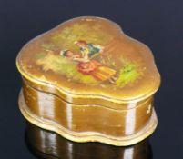 """Deckelschatulle (um 1900)herzförmiger Korpus mit klappbarem Deckel; darauf farbig bemalter Dekor """""""