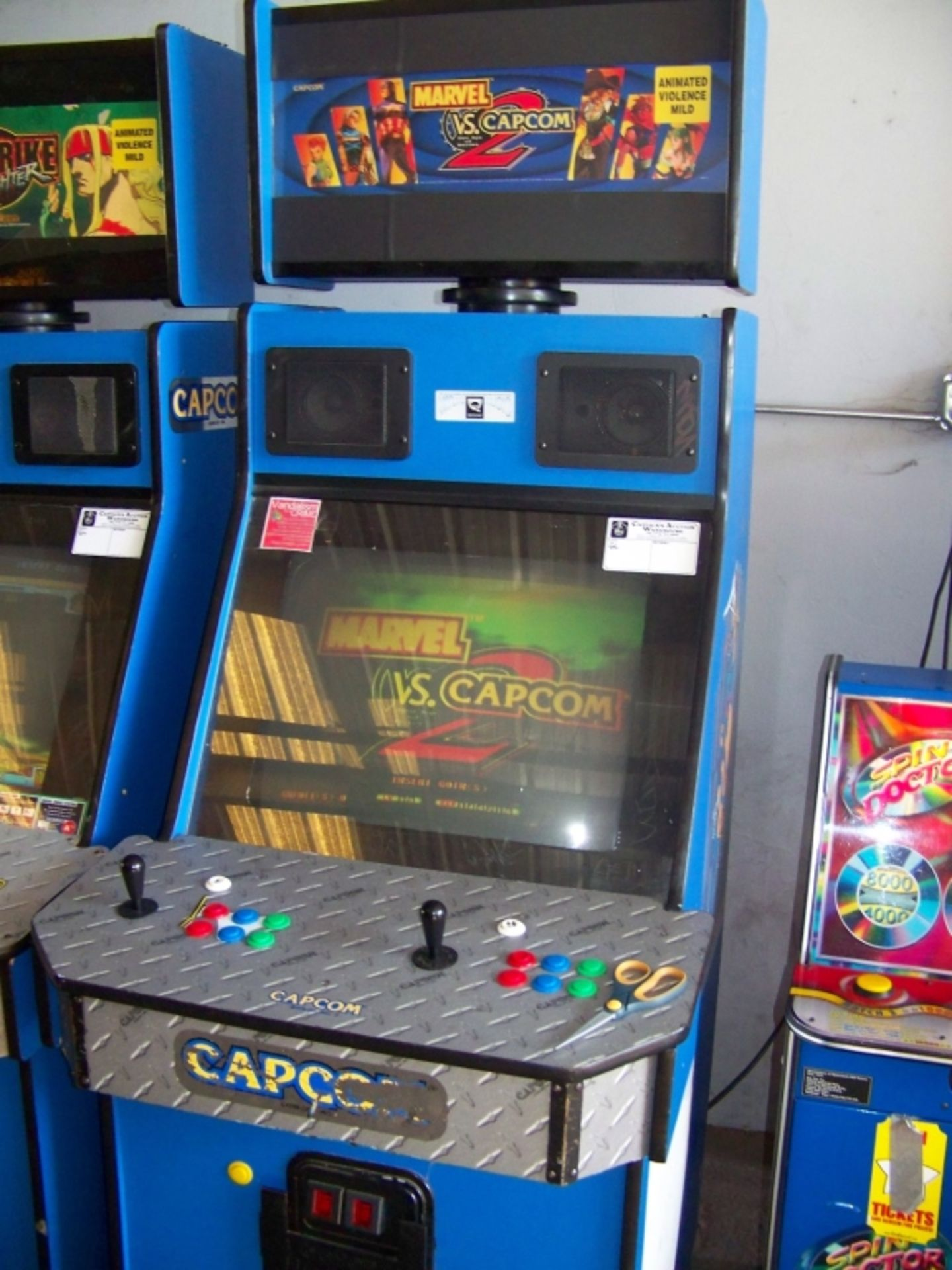 MARVEL VS. CAPCOM 2 ARCADE GAME Q SOUND CAB - Image 2 of 3