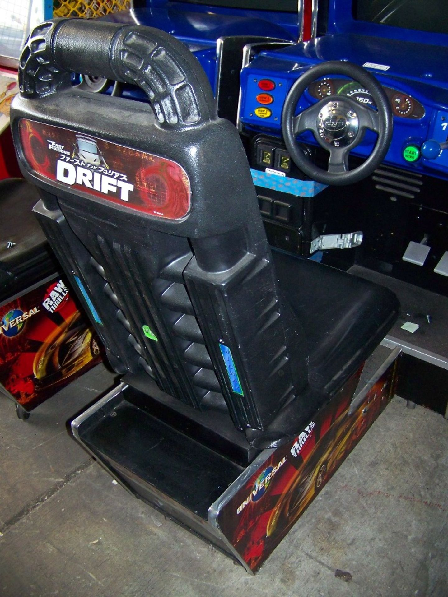 """DRIFT FAST & FURIOUS 31"""" DX RACING ARCADE GAME - Image 4 of 5"""