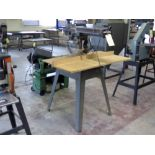 RADIAL ARM SAW, CRAFTSMAN, 2.75 HP motor, on stand