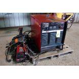 WELDER, LINCOLN MDL. CV400, 400 amps @ 36 v., 100% duty cycle, Mdl. LF72 wire feeder, S/N