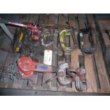 LOT CONSISTING OF 1 T. CHAIN HOISTS (2), C-CLAMPS, 3 T. PLATE LIFTERS
