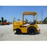 TOW TRACTOR, UNITED 3,400 LB. CAP. MDL. SM340F-5, S/N 16218   ($75 loading charge)  (Location M -