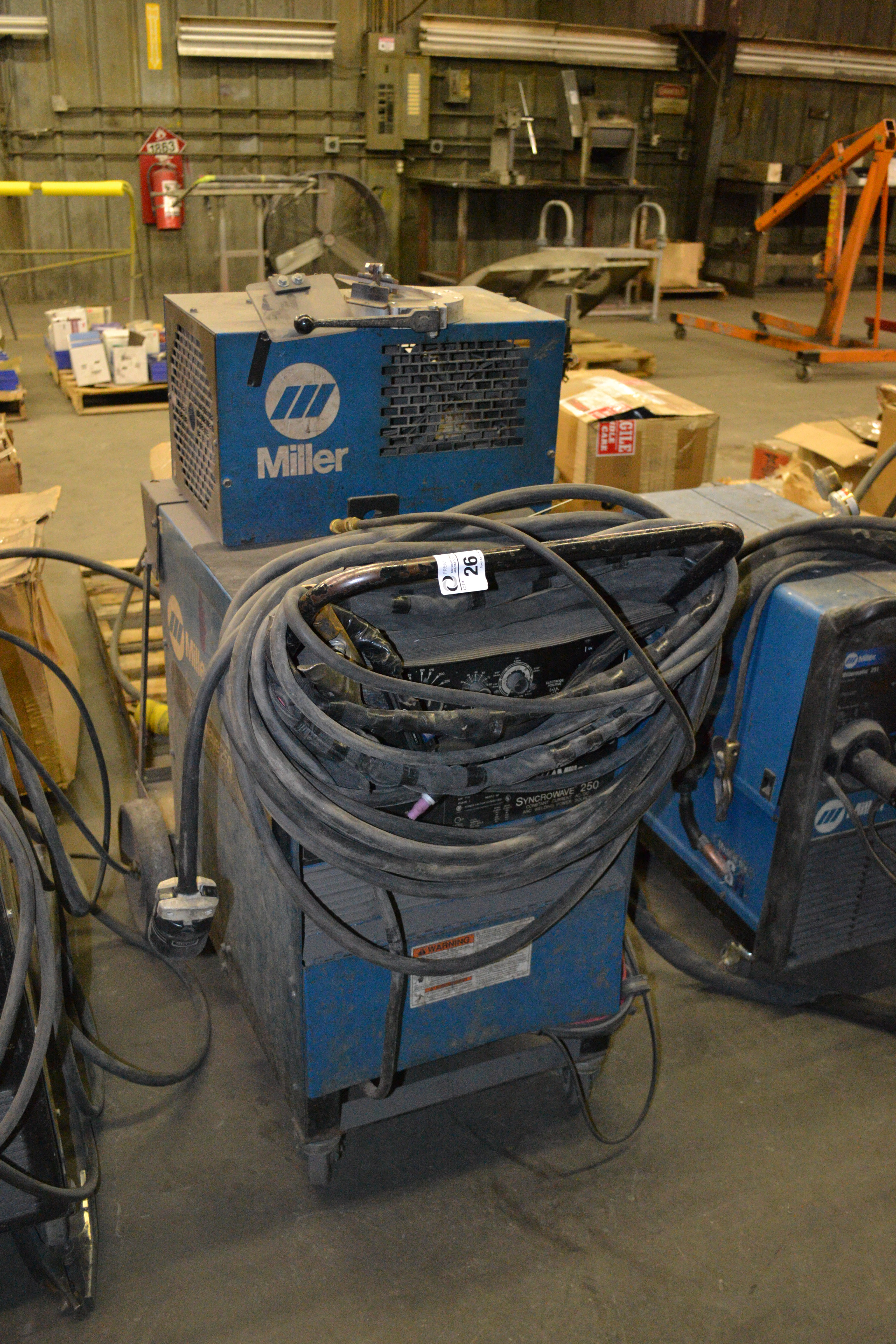 Lot 26 - Millermatic Syncrowave 250 CC-AC/DC welder