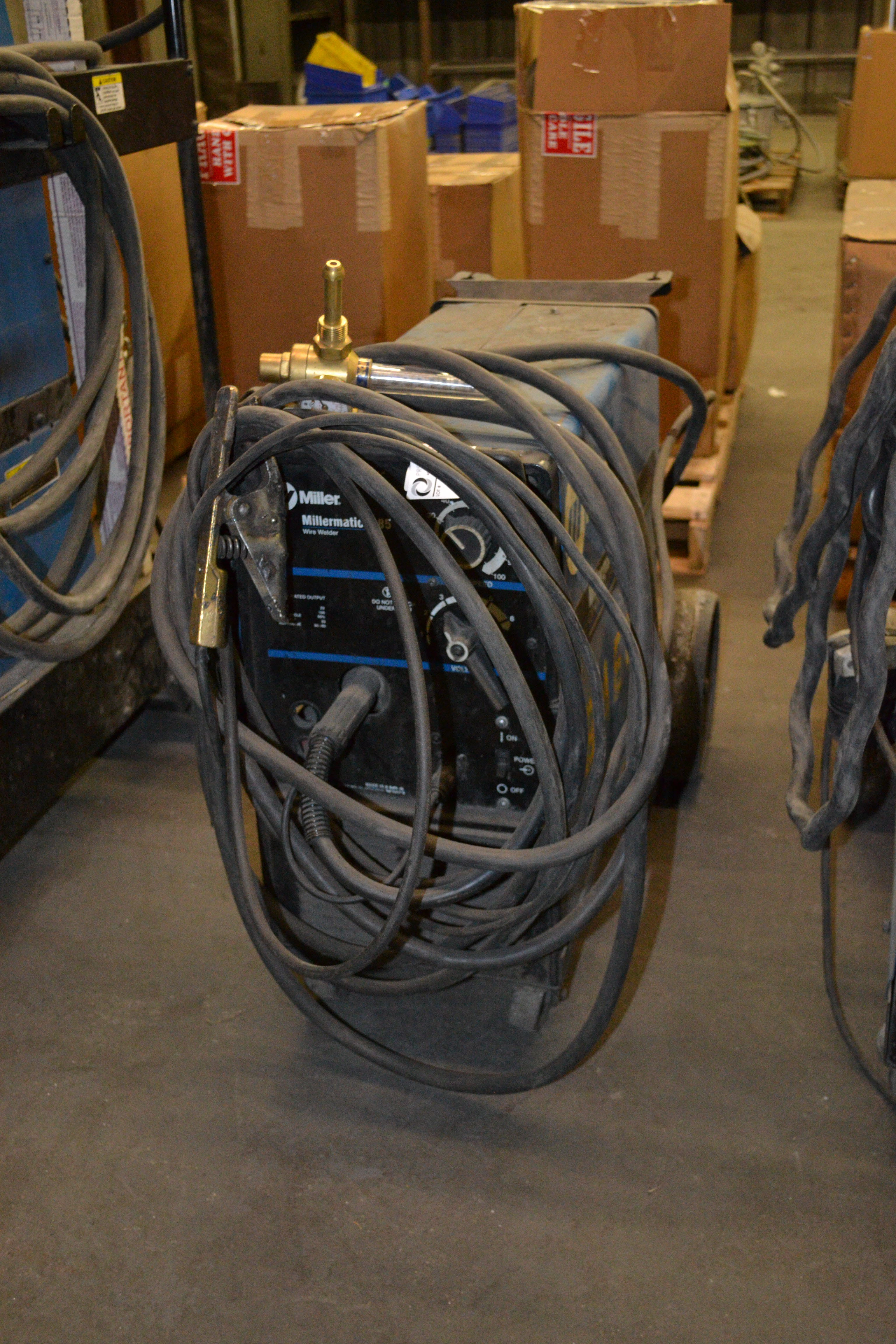 Lot 20 - Millermatic 185 wire welder, CV/DC  SN: KJ288686
