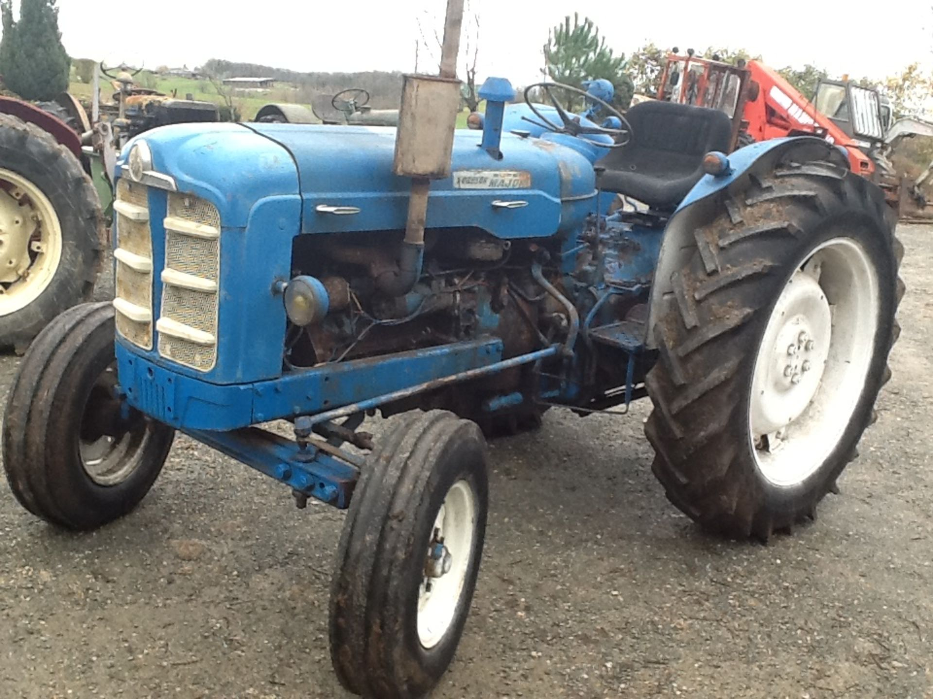 1964 FORDSON Super Major 4cylinder diesel TRACTOR Serial No. 08D954183 This New Performance is