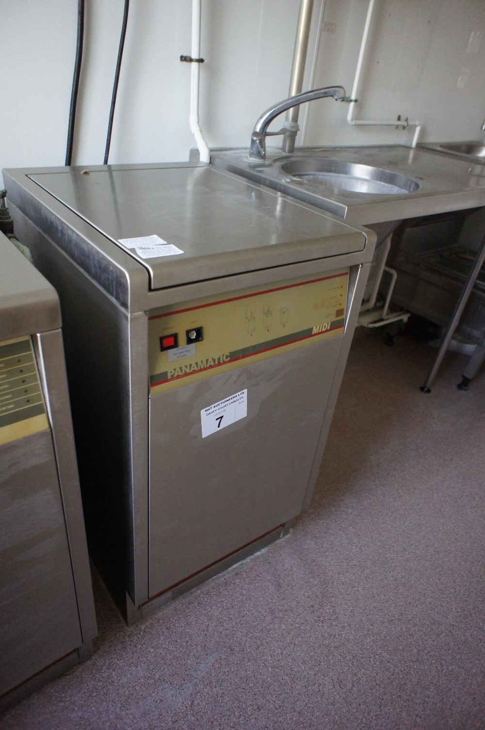 Lot 7 - 1 PANAMATIC stainless steel commercial sluice machine (located in room 2, Davey Court)