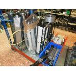 [Lot] Pneumatic  cylinders, bottom shelf LIFT OUT £5