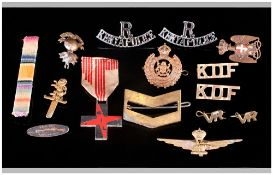 Military Cap Badges & assorted Pieces. 16 in total.