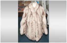 Ladies Fox Fur Jacket, fully lines. Collar with revers, slit pockets. Hook & loop fastening.