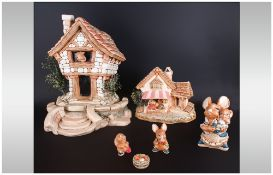 Pendelfin Large House 19 inches high plus a further 5 pieces of Pendelfin. Includes a further