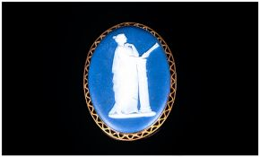 Victorian Wedgewood - 9ct Gold Fine Cameo Set Brooch. c.1860's. The 9ct Gold Mount of Pierced and