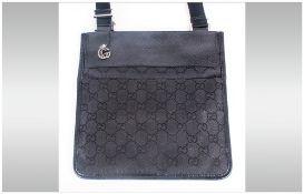 Ladies Modern Fashion Handbag In Black Leather & Cloth.