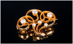 Ladies 18ct Gold Set Small and Attractive Diamond Brooch. Set With Diamonds of Good Colour and