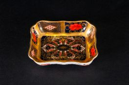 Royal Crown Derby Old Imari Patterned Pin Dish. Pattern Num.1128. Date 1979. 3.75 Inches Diameter.