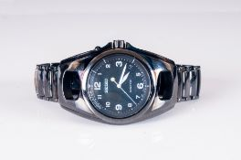 Seiko Kinetic Date-Just Black Enamel Gents Wrist Watch. Serial 810495. As New Condition. Complete