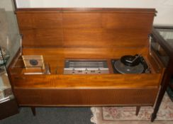Retro Deco 787 Radiogram 'Solid State'. In solid teak, with trellis front. Beautifully crafted in