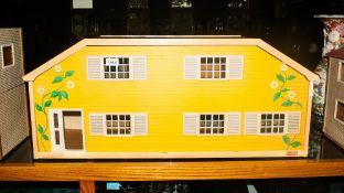 Yellow Fronted Lundby Dollshouse