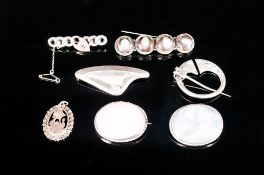 A Good Antique and Vintage Collection of Silver Stone Set Brooches ( 7 ) In Total. All Fully