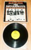 Pop Autograph The Dave Clark Five on USA Record LP Cover, all five stars have signed.
