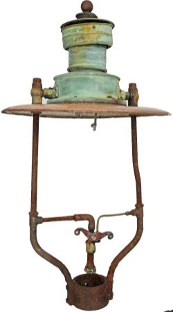 GWR Sugg 'Mexican Hat' Platform Lamp top in excellent, original condition and measuring 35 inches