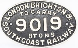 London Brighton & South Coast Railway cast iron, fully titled oval Wagon Plate 'To Carry 8 Tons
