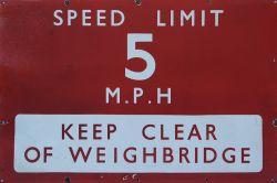 British Railways Southern region BR(S) enamel white on red 36 inch x 24 inch SPEED LIMIT 5MPH KEEP