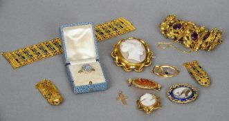A quantity of various Victorian and later jewellery