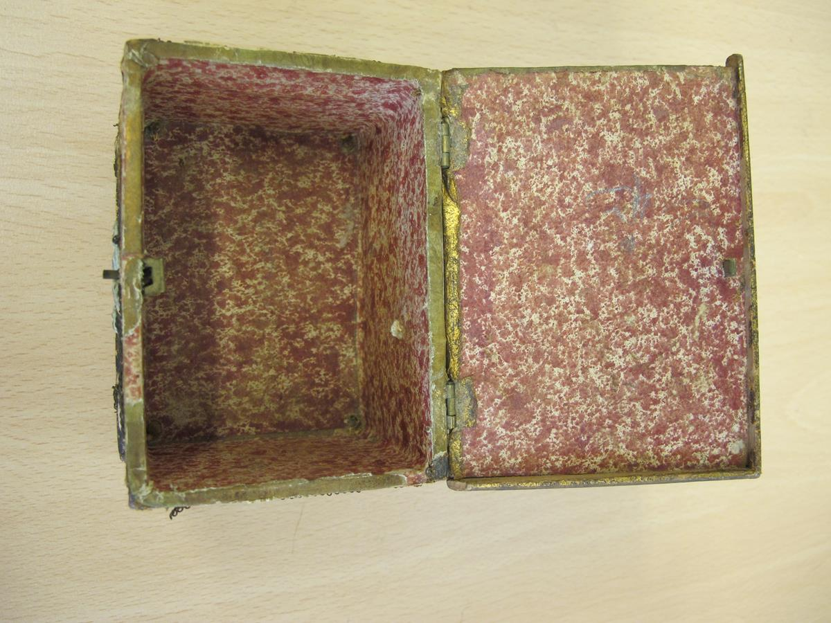 A stumpwork casket, decorated with satin flowers with metal thread scrolls, with a paper lined - Image 2 of 8