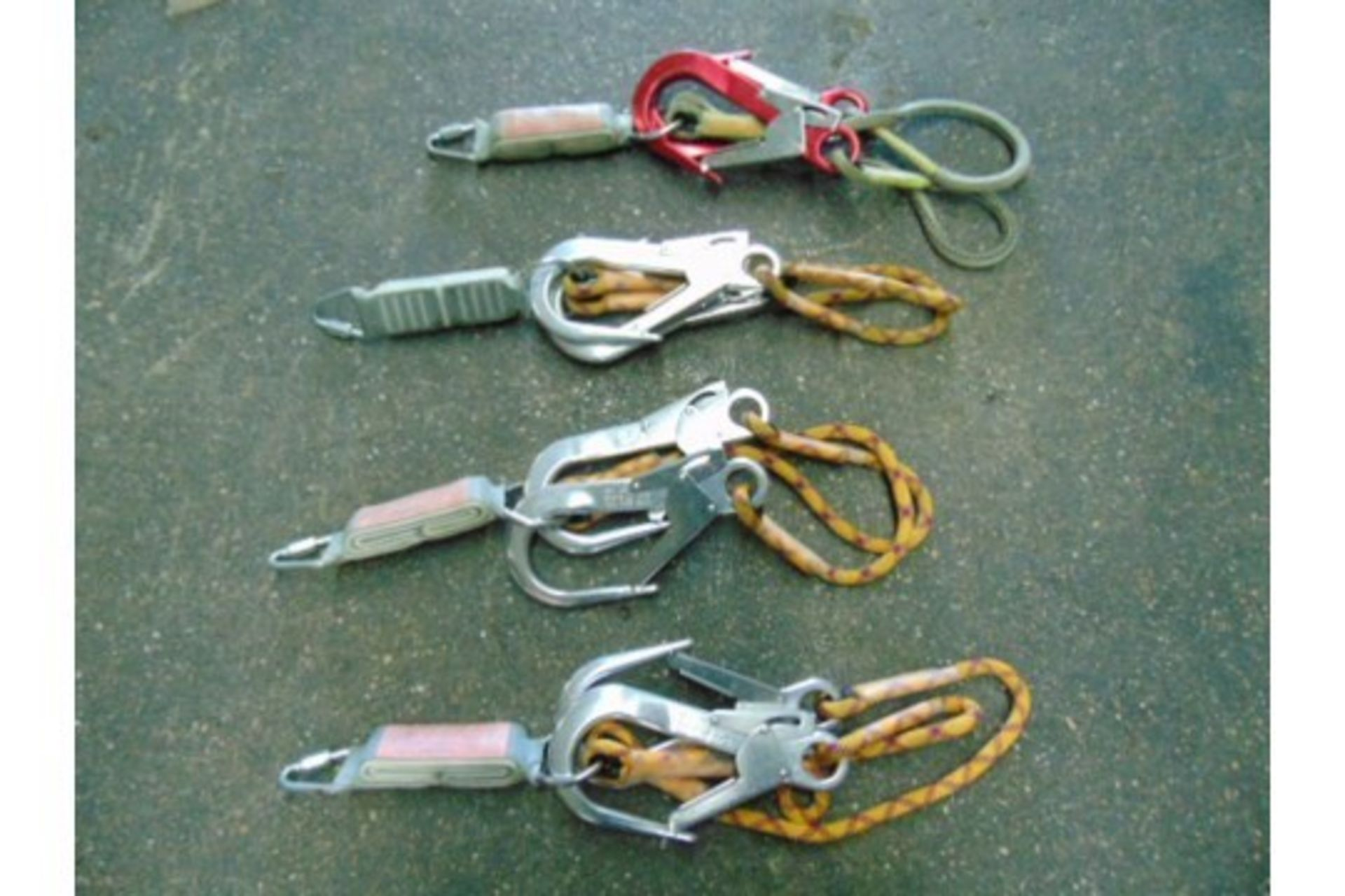 Lot 26572 - 4 x Heightec Twin Fall Arrest Lanyard with Oval Scaff Hooks