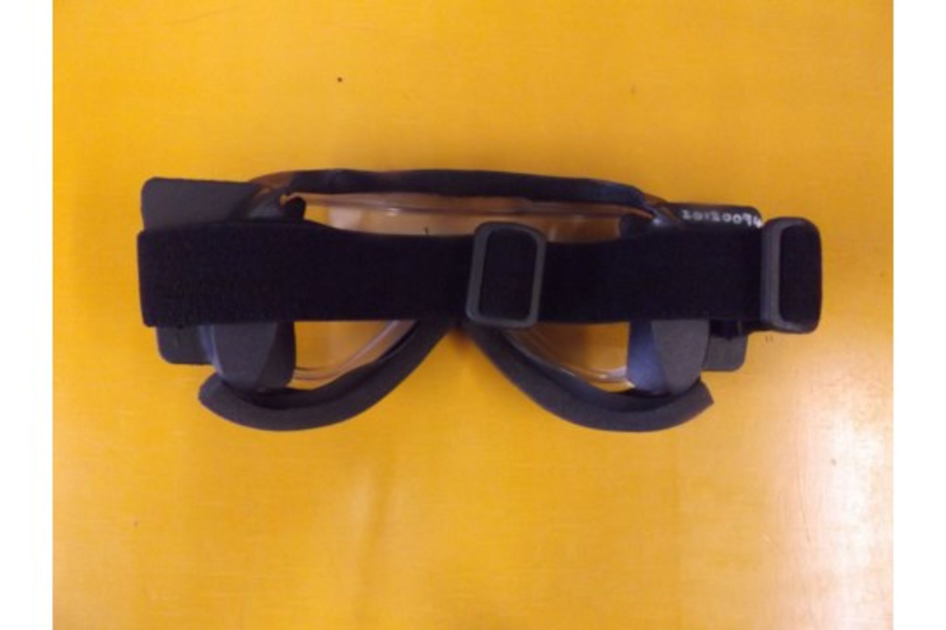 Lot 26625 - Cam Lock Anti Mist SAS HALO Parachute Skydiving Goggles