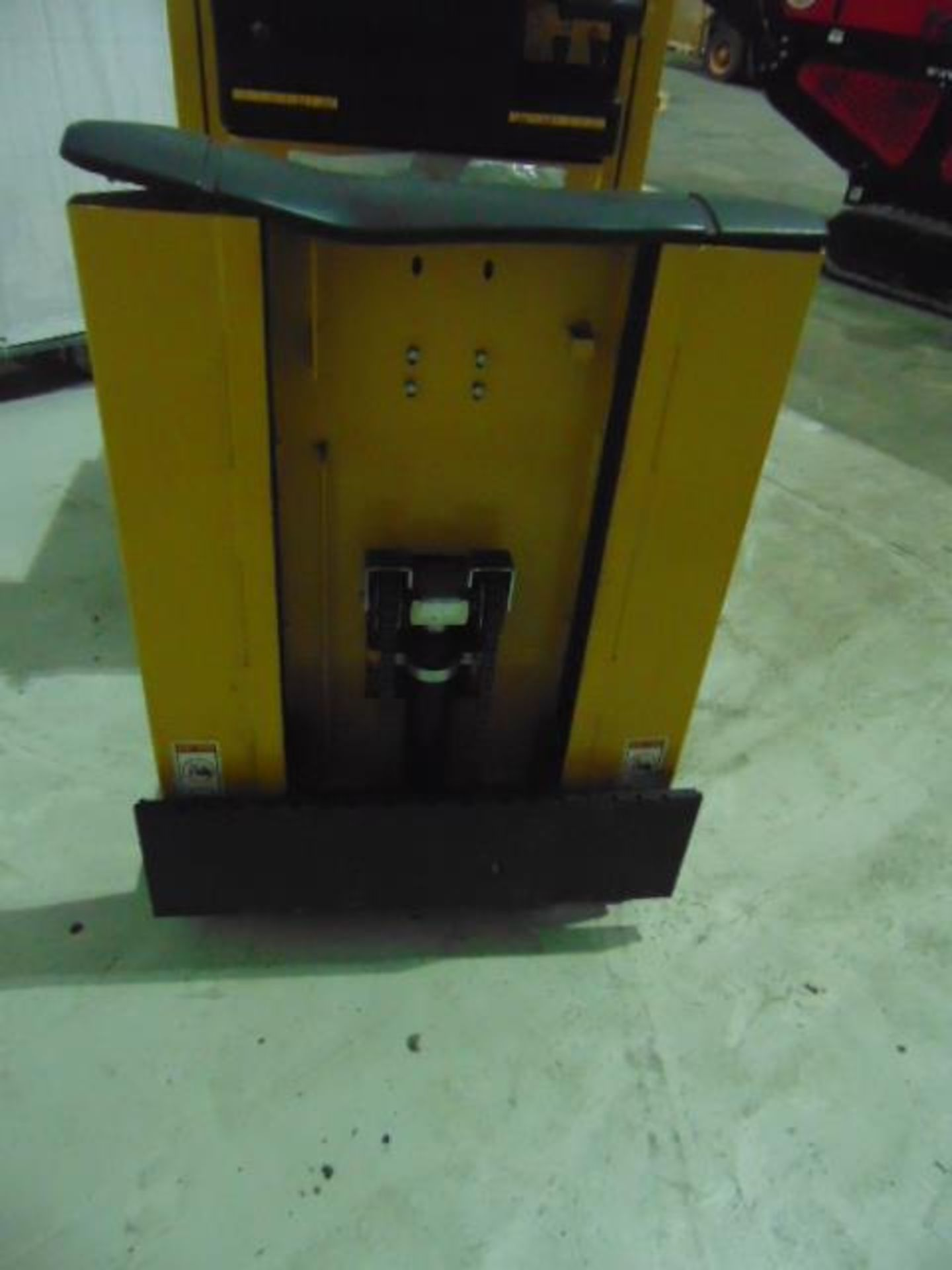 Lot 27317 - Yale MO10E AC Self Propelled Electric Pallet Truck