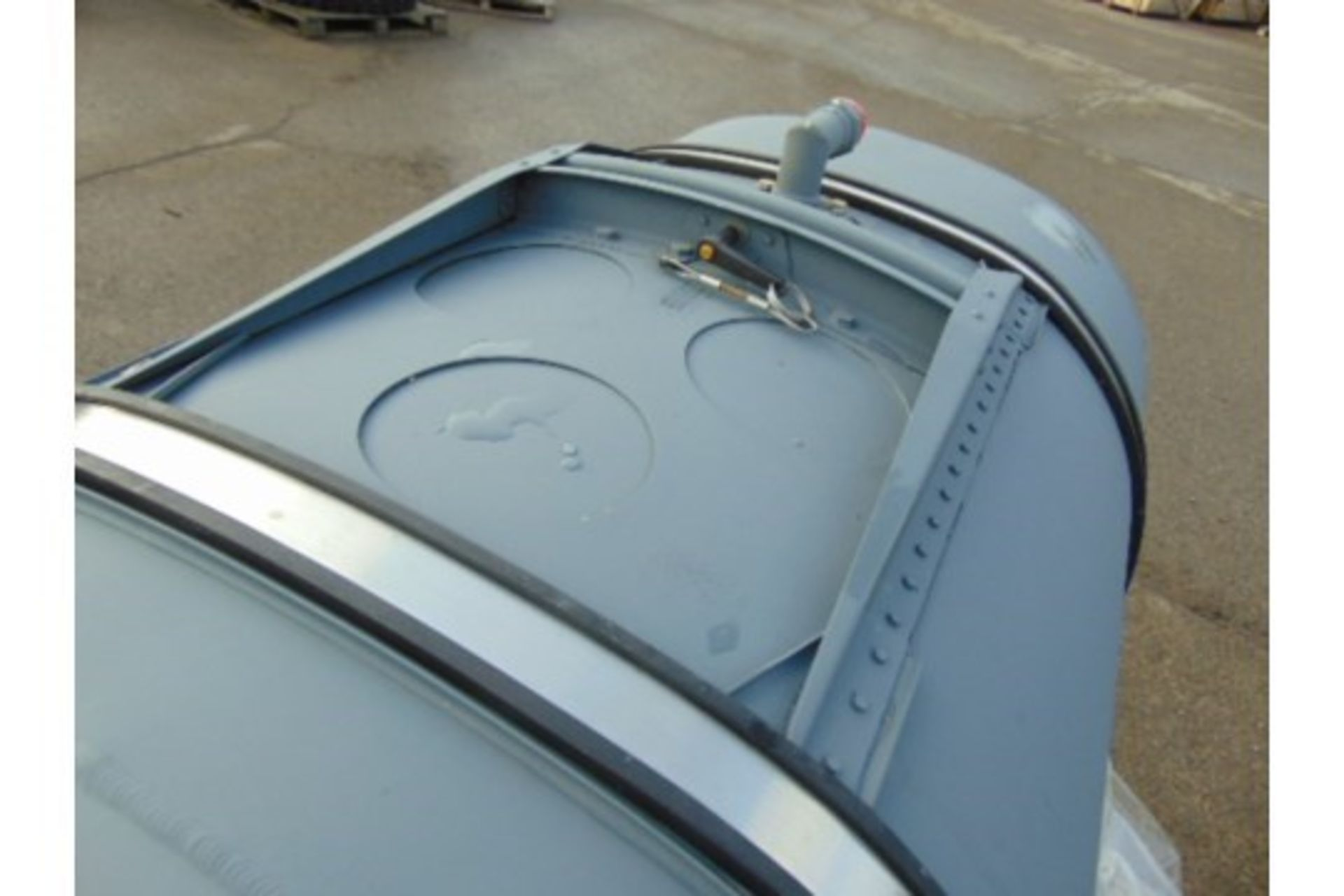 Lotto 26412 - Unissued Lynx Helicopter Fuel Tank Assy complete with fitting kit