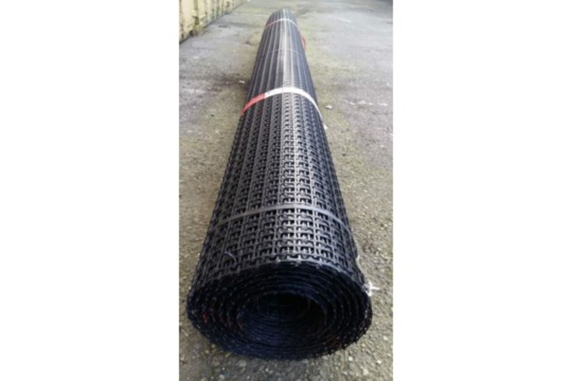 Lot 25868 - 1 x UNISSUED Tensar SS20 Geogrid Ground Foundation Reinforcement Roll 4m x 75m