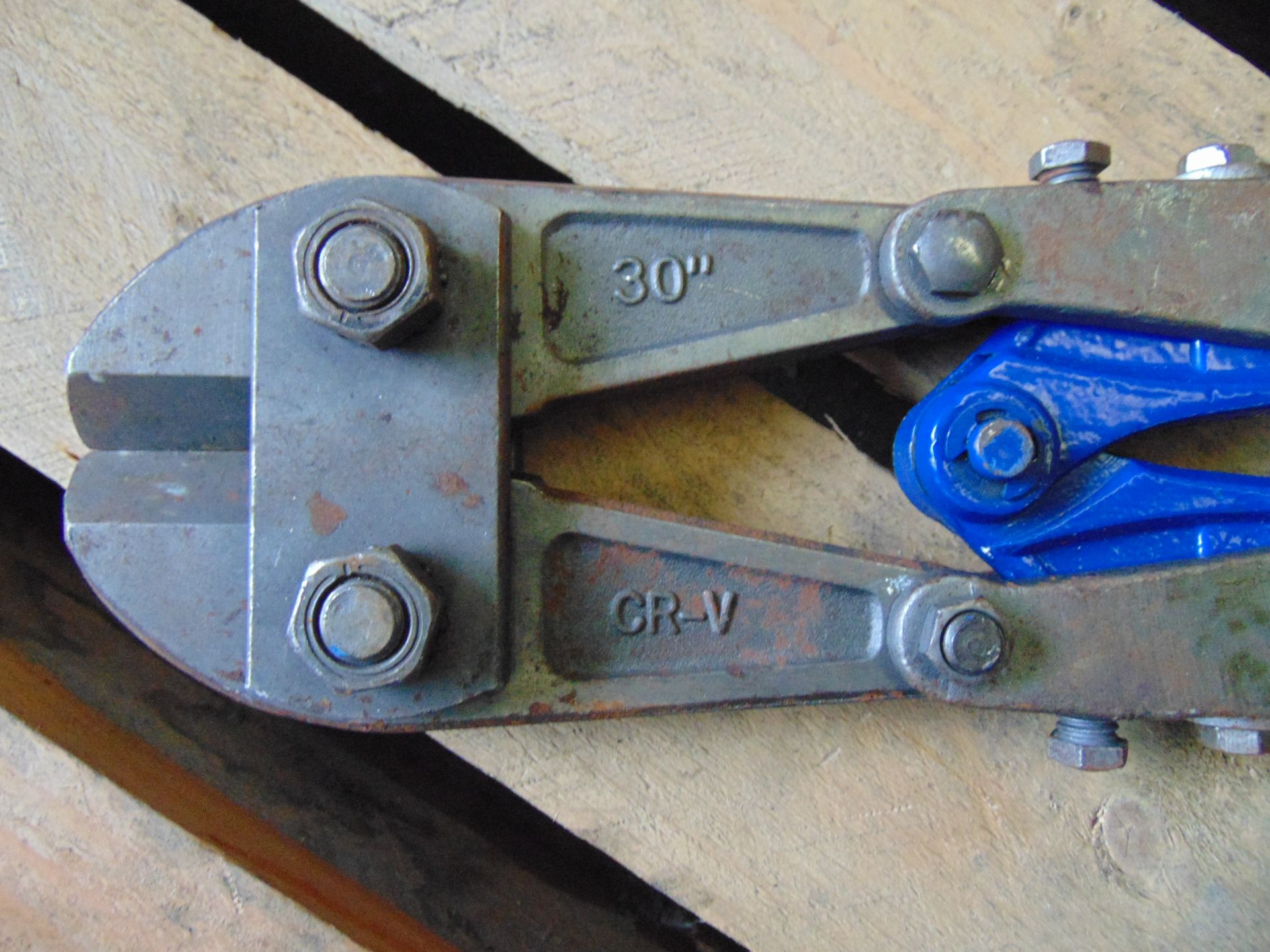 "Lot 26845 - Heavy Duty 30"" CR-V Bolt Cropper"