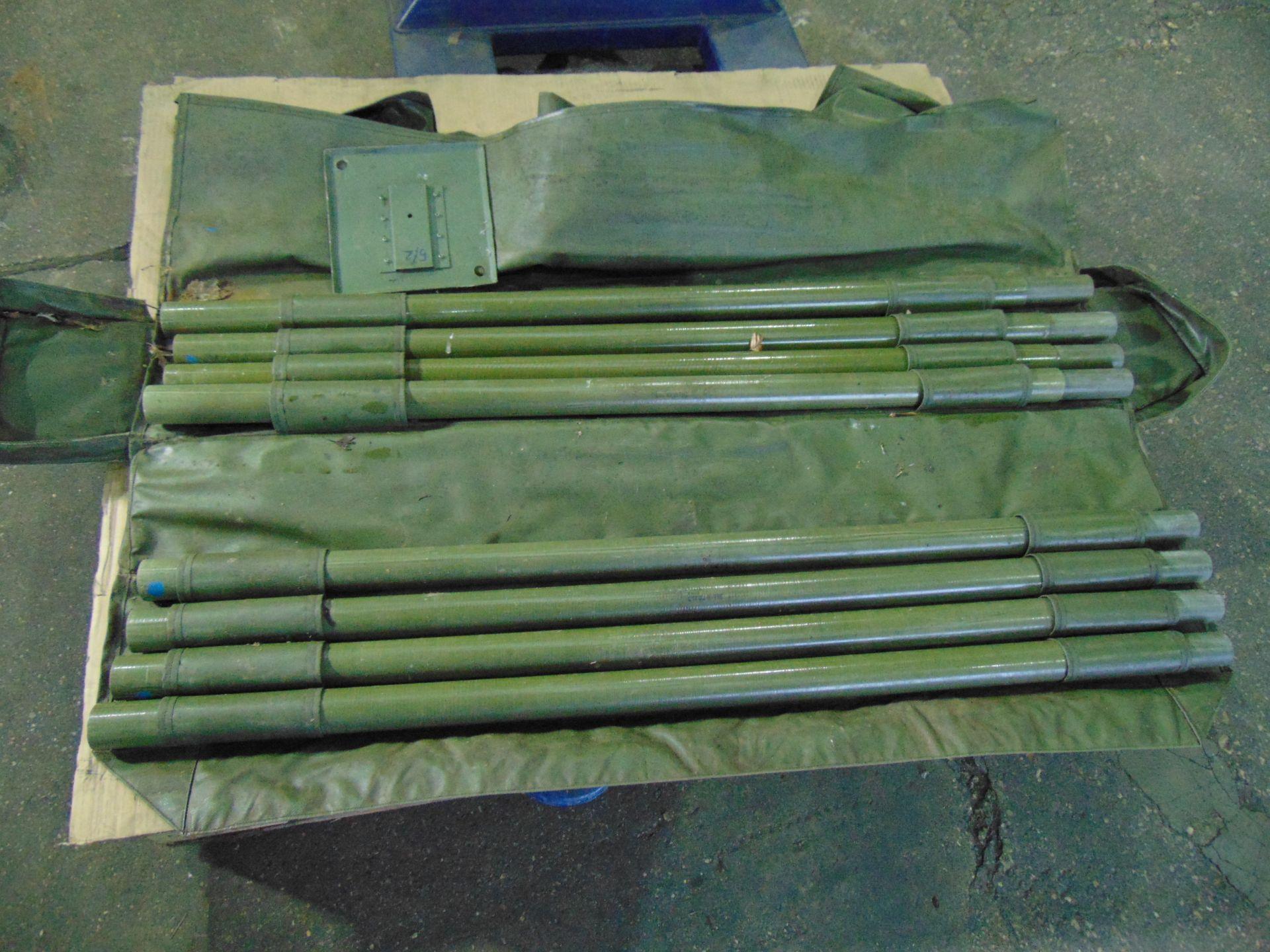 Lotto 26428 - Racal 9 Metre Portable Mast Kit