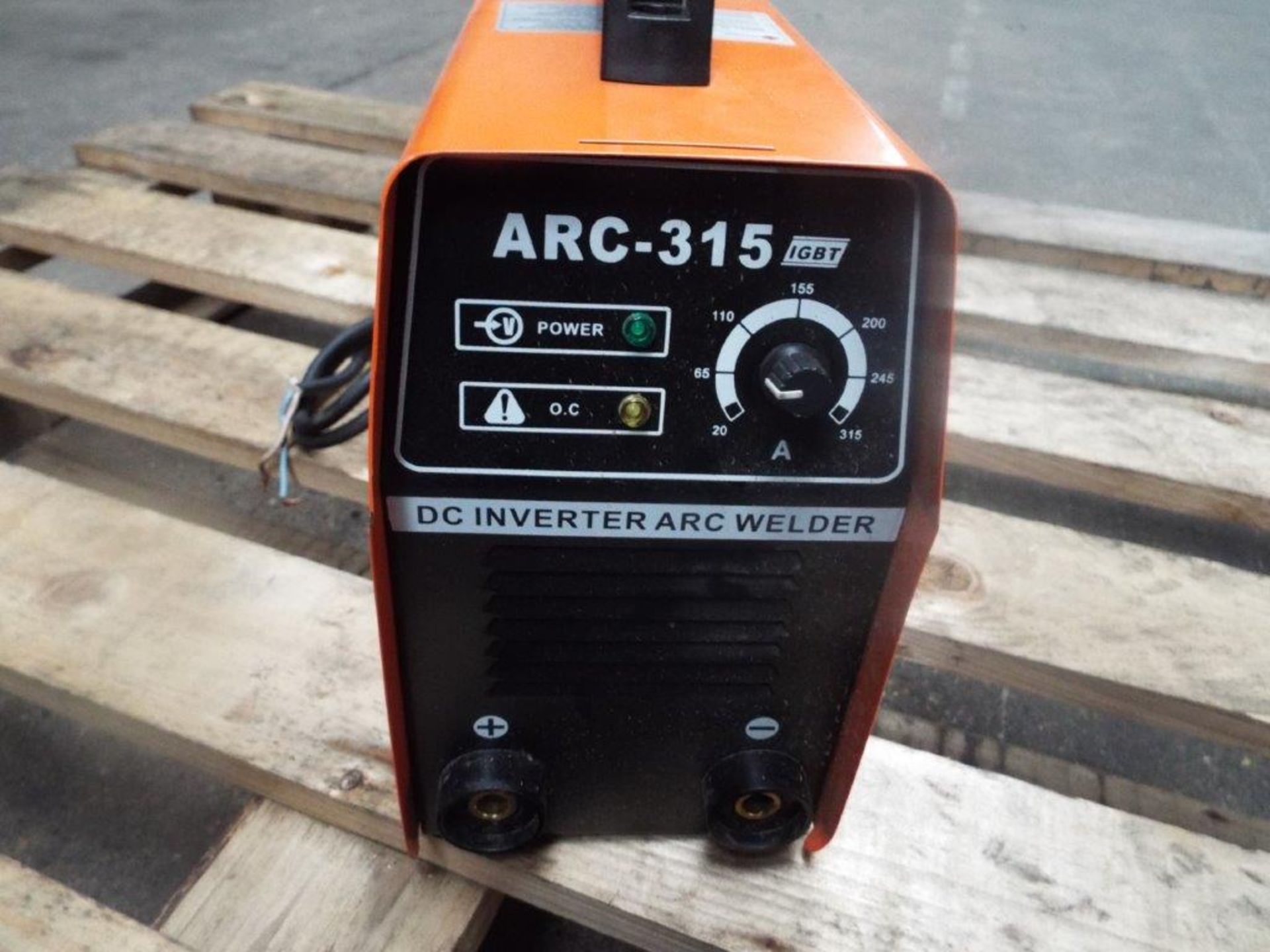 Lotto 21136 - IGBT ARC-315 DC Inverter Arc Welder