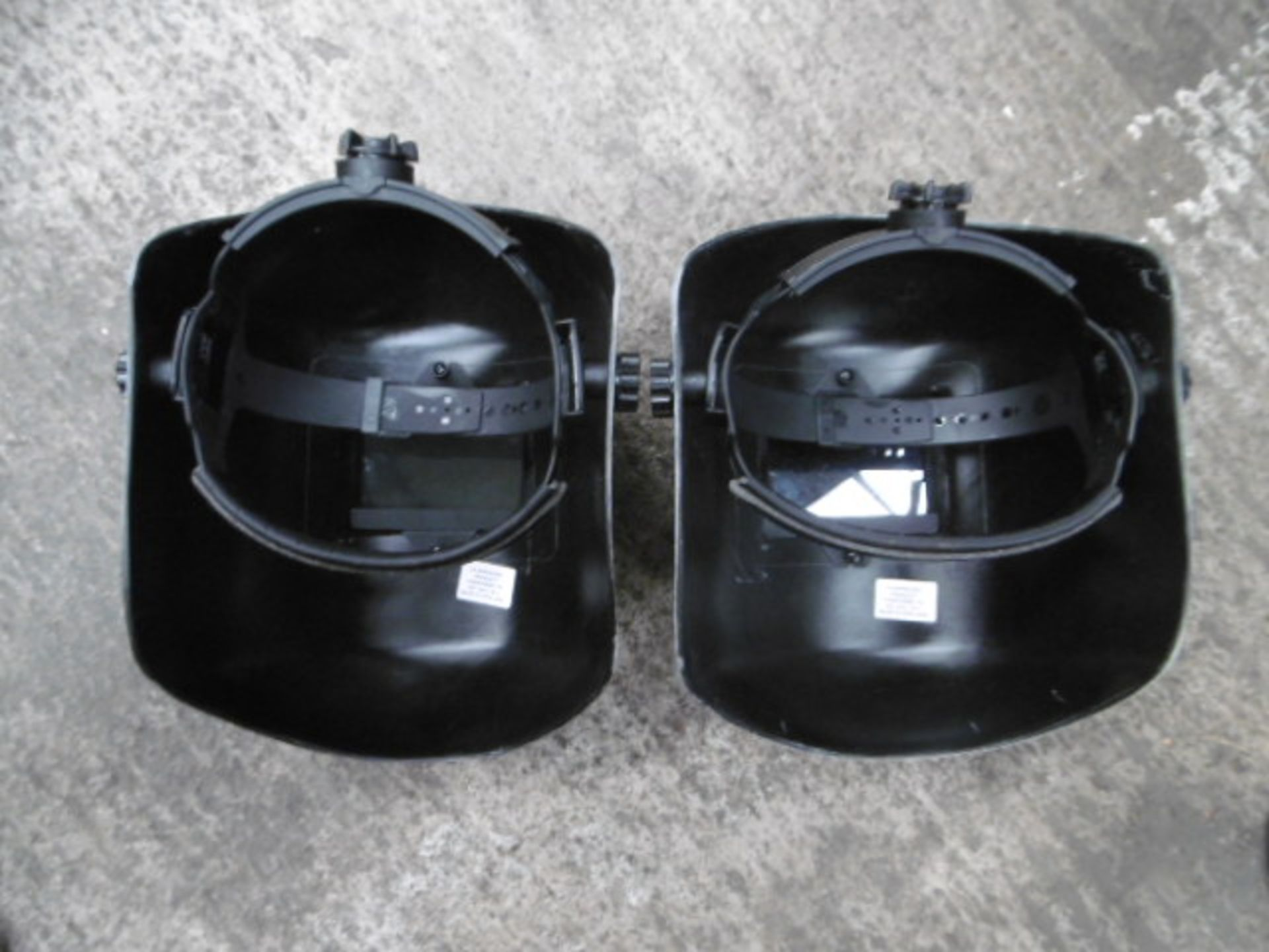 Lotto 1524 - 2 x Welding Masks and Safety Goggles