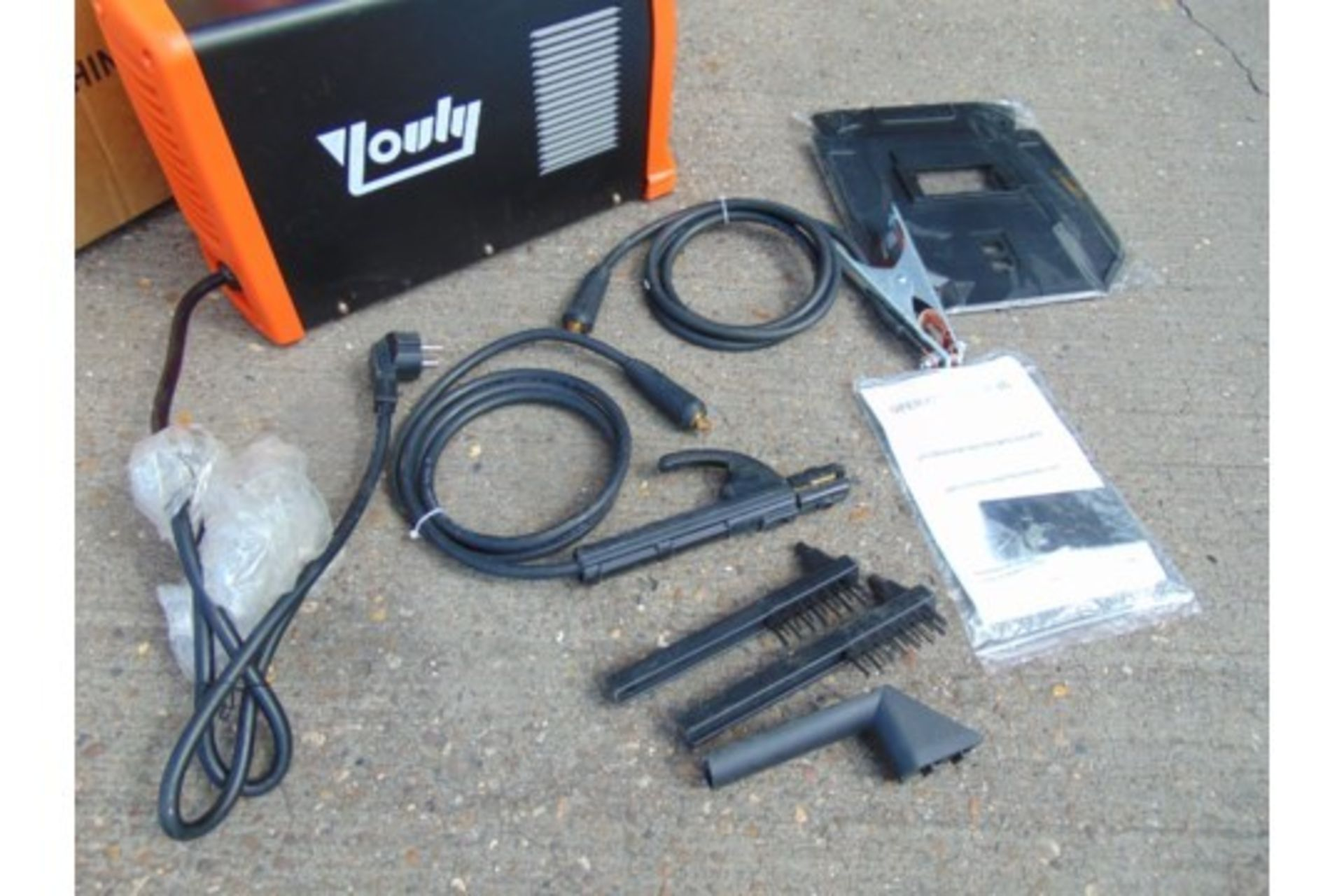 Lotto 25813 - ** BRAND NEW ** Youli MMA-250 QI Inverter Welder
