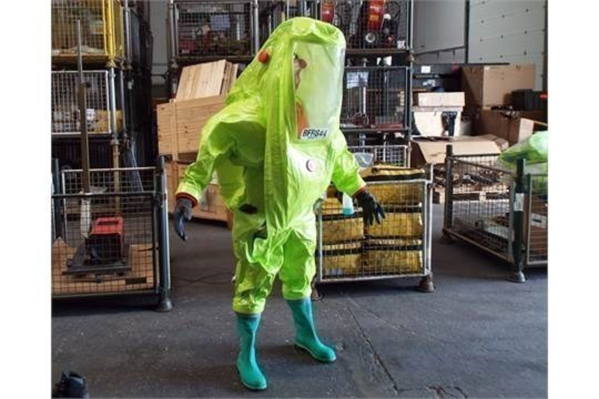 Lot 26808 - Q10 x Unissued Respirex Tychem TK Gas-Tight Hazmat Suit. Size Medium