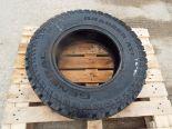 Lot 13617 - General Grabber AT2 265-70R17 Tyre