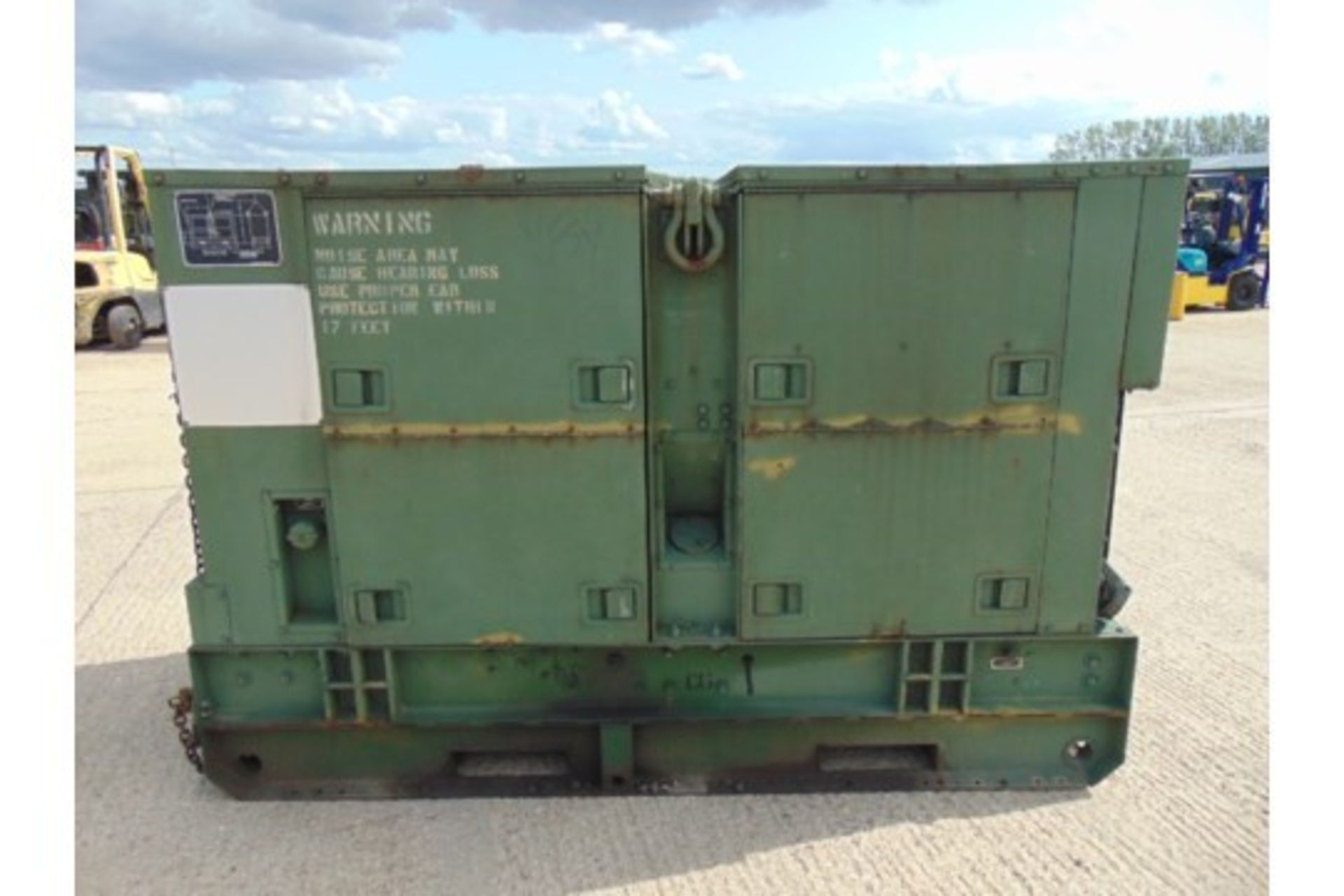 Lotto 26426 - Allis Chalmers MEP-006A 60kW Diesel Generator Set 821 hours only dual voltage