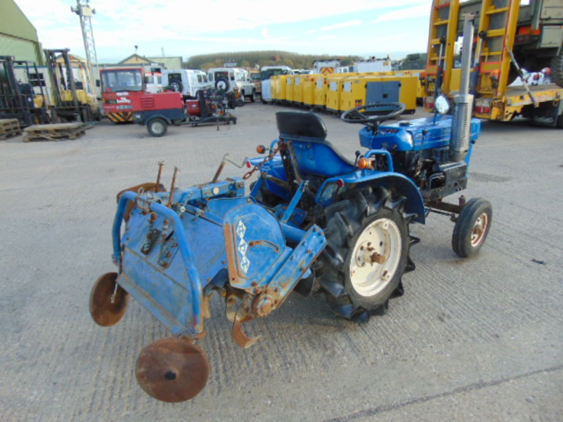 You Are Bidding On A Iseki Tx1210 2wd Compact Tractor C W