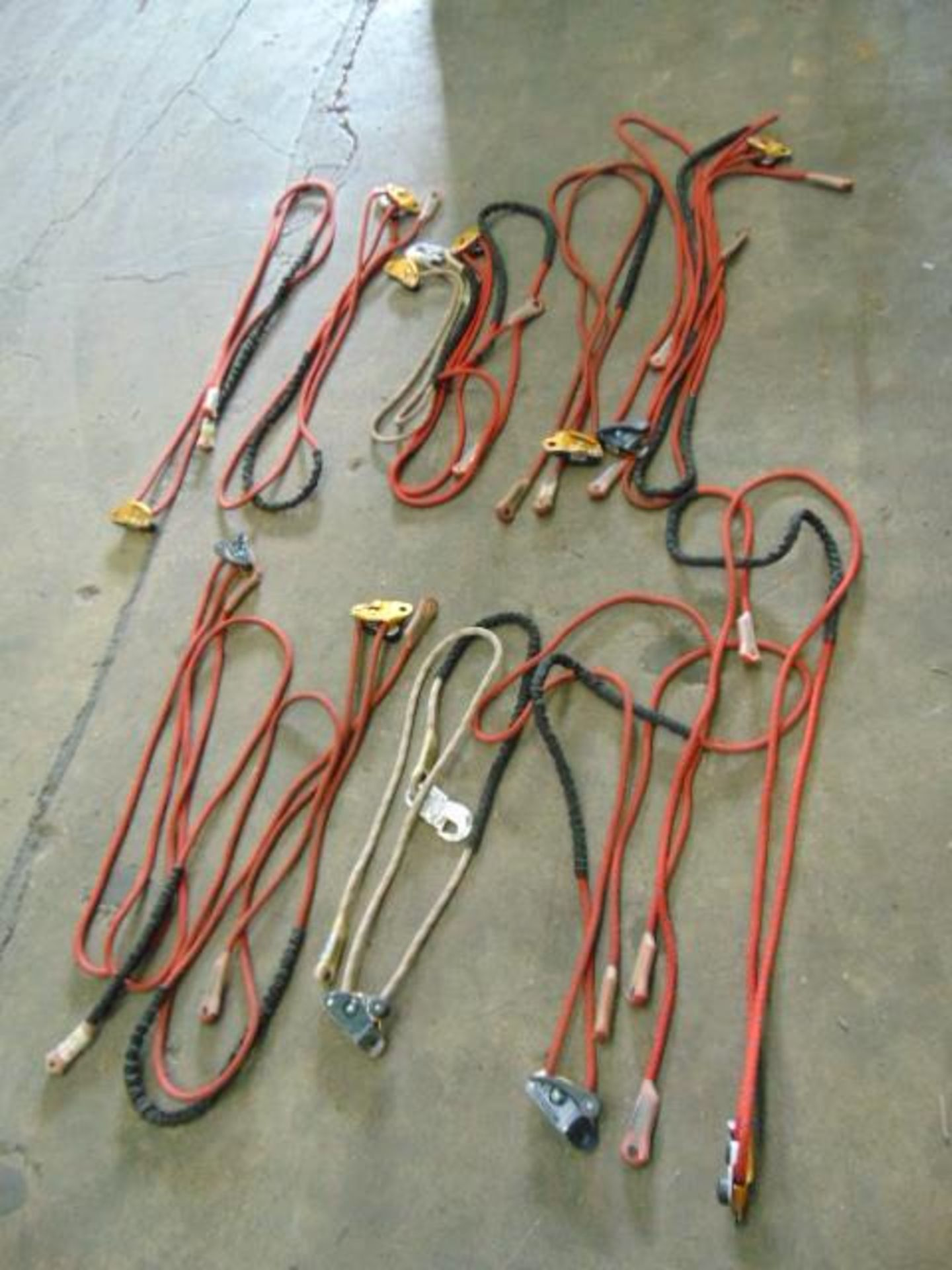 Lotto 26397 - 12 x Work Positioning Lanyards