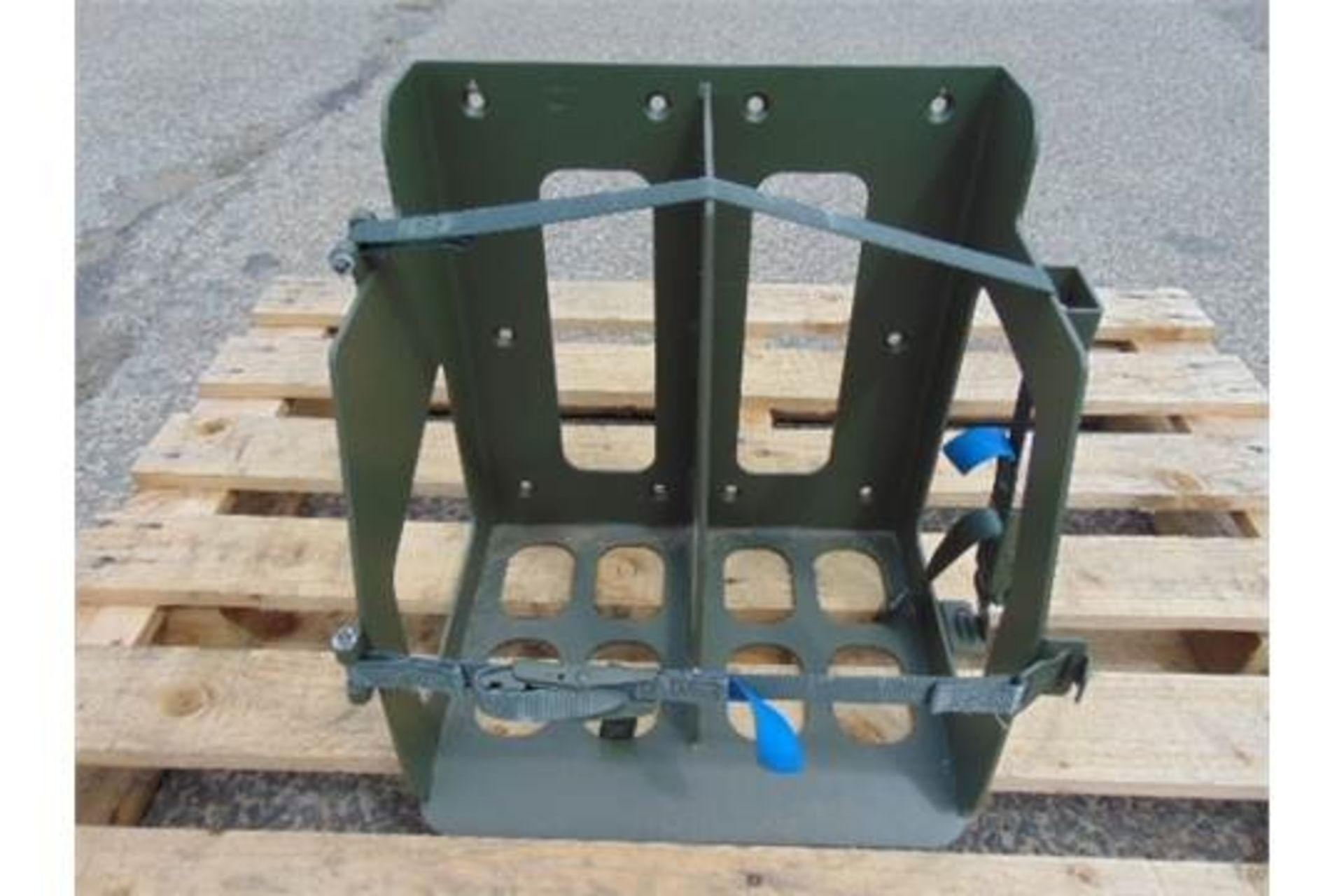 Lot 27342 - Vehicle Twin Jerry Can Rack