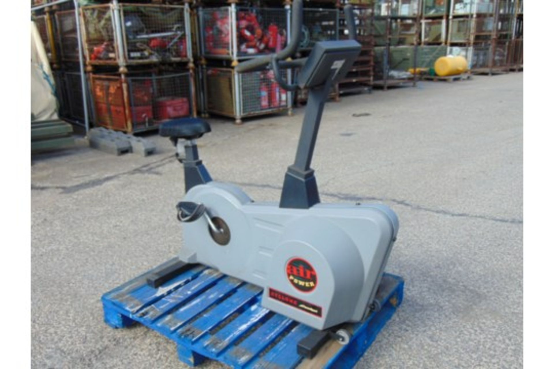 Lot 25843 - Powersport XT1000 Cyclone Exercise Bike