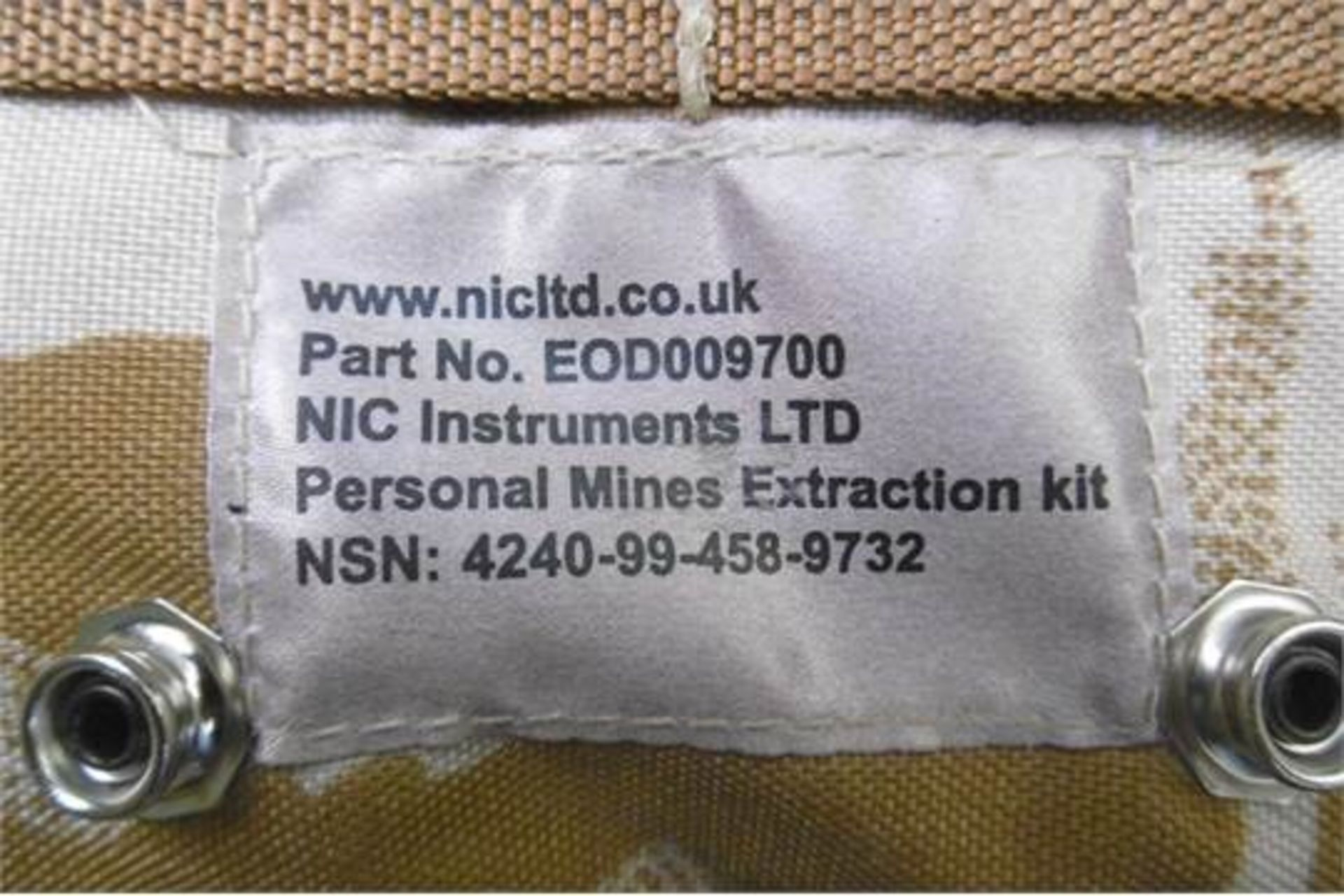 Lot 27338 - Complete Personal IED Mine Extraction Kit