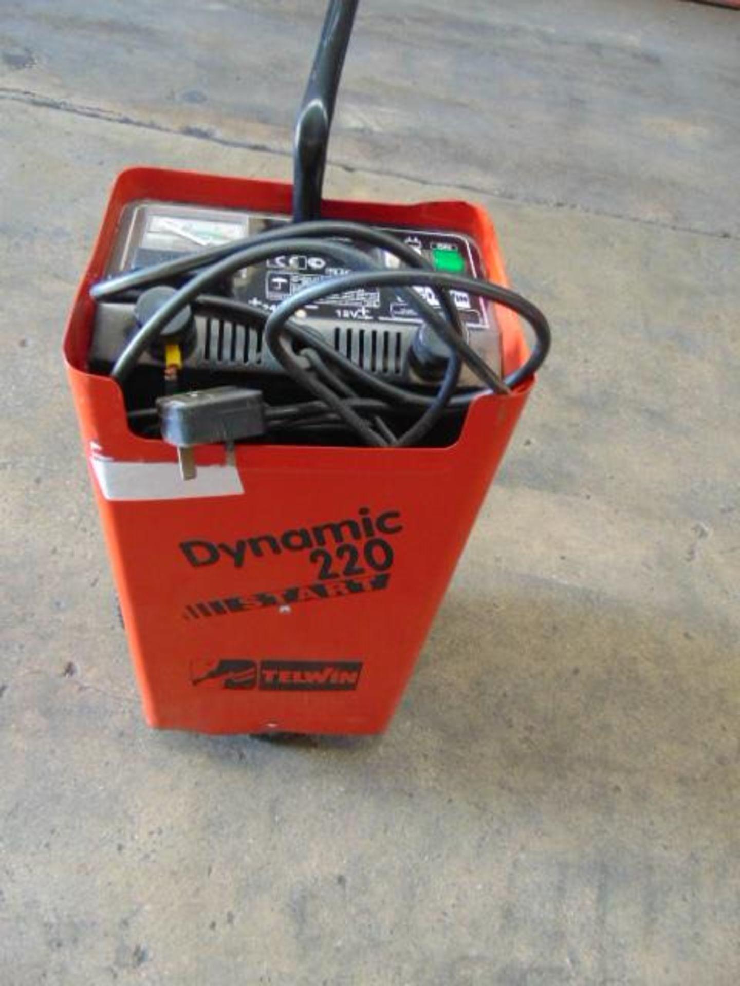 Lotto 25773 - Telwin Dynamic 220 Start Battery Starter/Charger