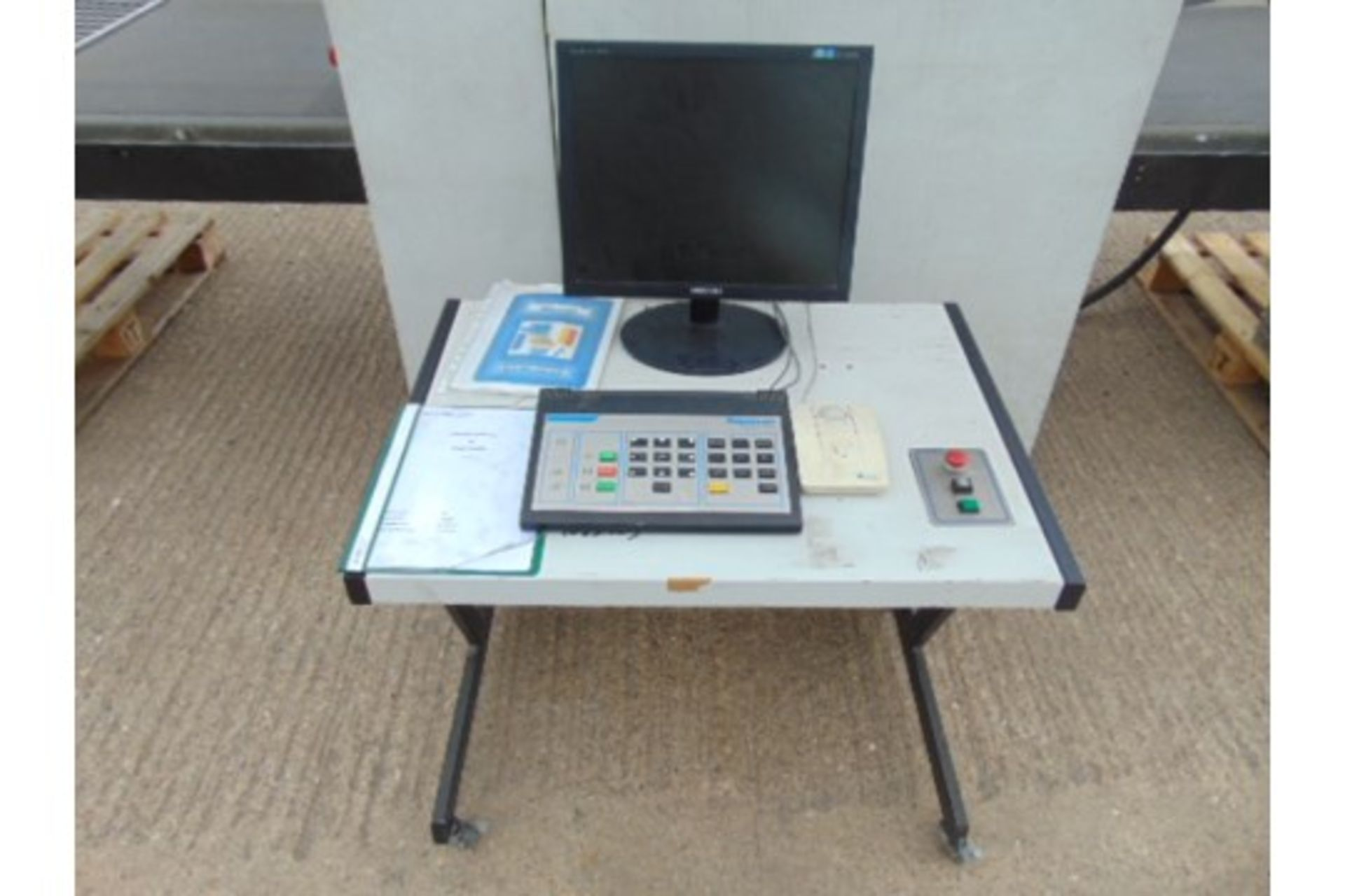 Lotto 26445 - Rapiscan 526 Airport Security Scanner